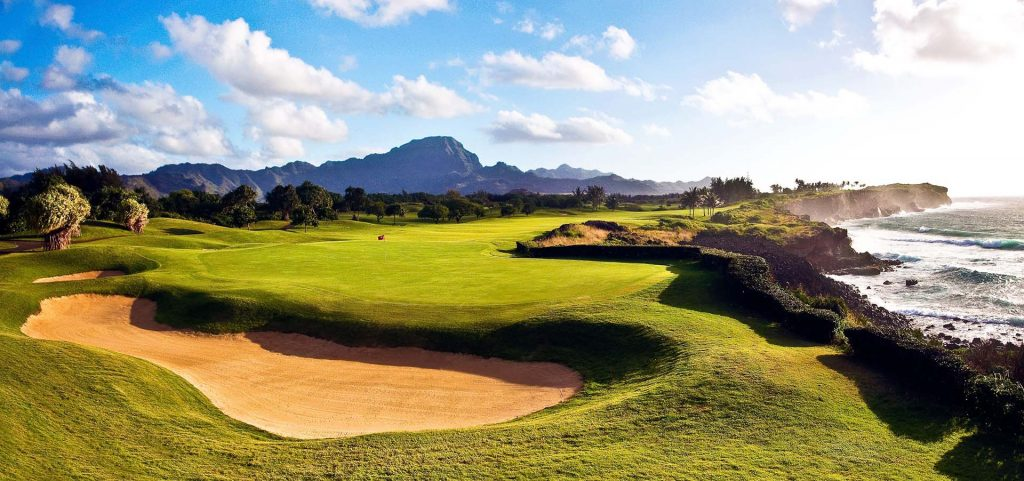 picture of a golf hole on the Poipu Bay Golf Course in Hawaii